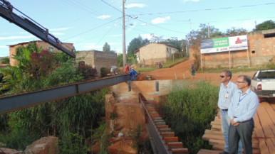 Ilustração da notícia: Ponte que dá acesso ao bairro Maria Orminda entra em fase final de construção