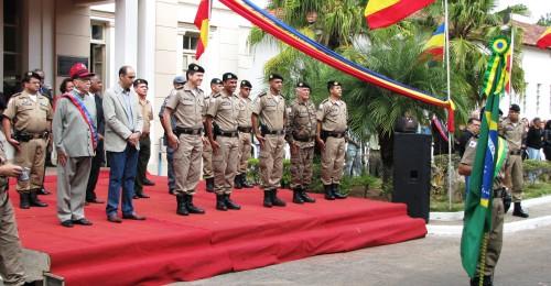 Ilustração da notícia: Vice Prefeito Cássio Moreira comparece a comemoração do Dia dos Militares da Reserva