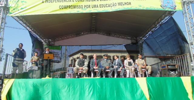 Ilustração da notícia: Diamantina realiza desfile cívico-militar de Sete de Setembro