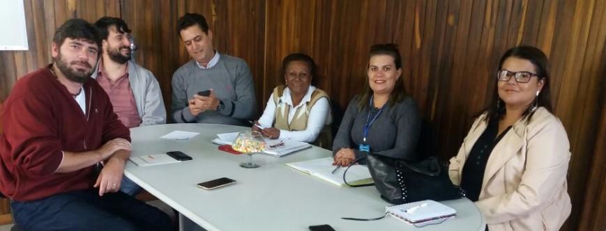 Ilustração da notícia: Secretaria Municipal de Desenvolvimento Social em reunião com o INSS