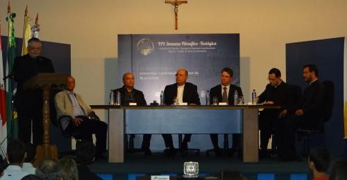 Ilustração da notícia: Arquidiocese de Diamantina e Correios lançam Selo em homenagem a Arquidiocese e ao Seminário