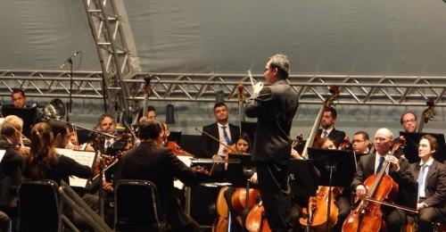 Ilustração da notícia: Orquestra Filarmônica faz apresentação na comemoração dos 100 anos da Arquidiocese e os 150 anos do Seminário